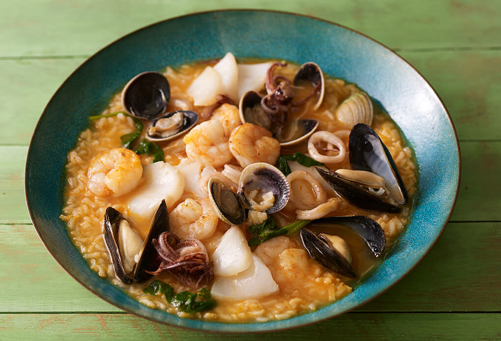 the kitchen sink recipes everything but the kitchen sink rice arroz con mariscos 6078