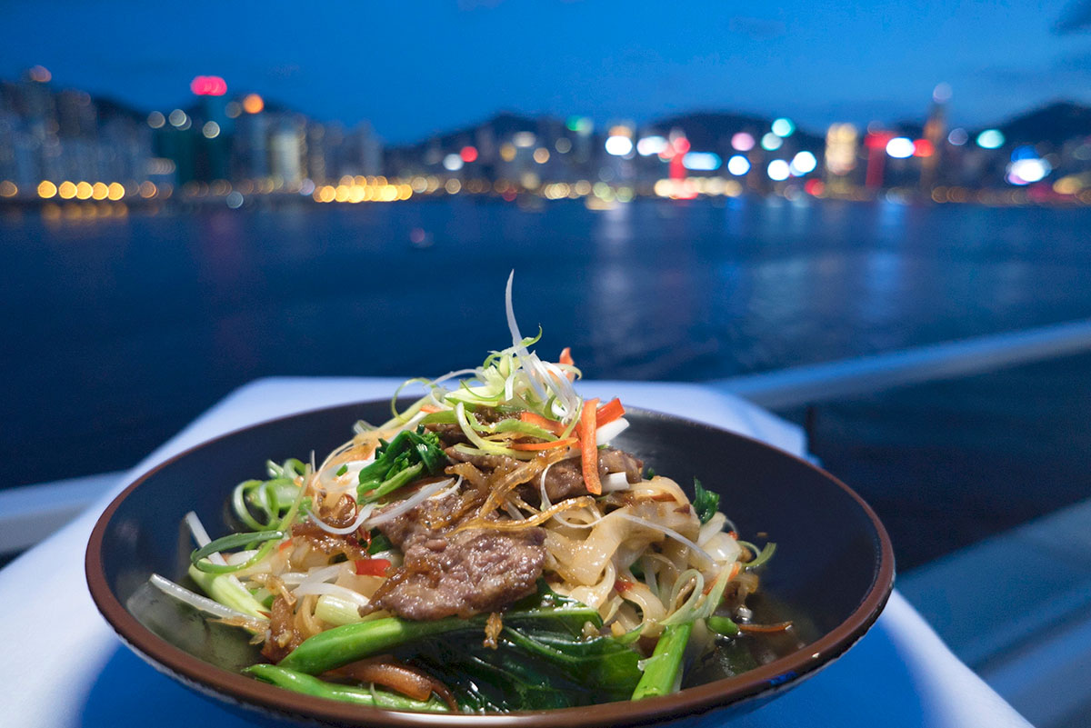 Wagyu Beef With Rice Noodles In Xo Sauce Luke Nguyen Recipes Sbs Food
