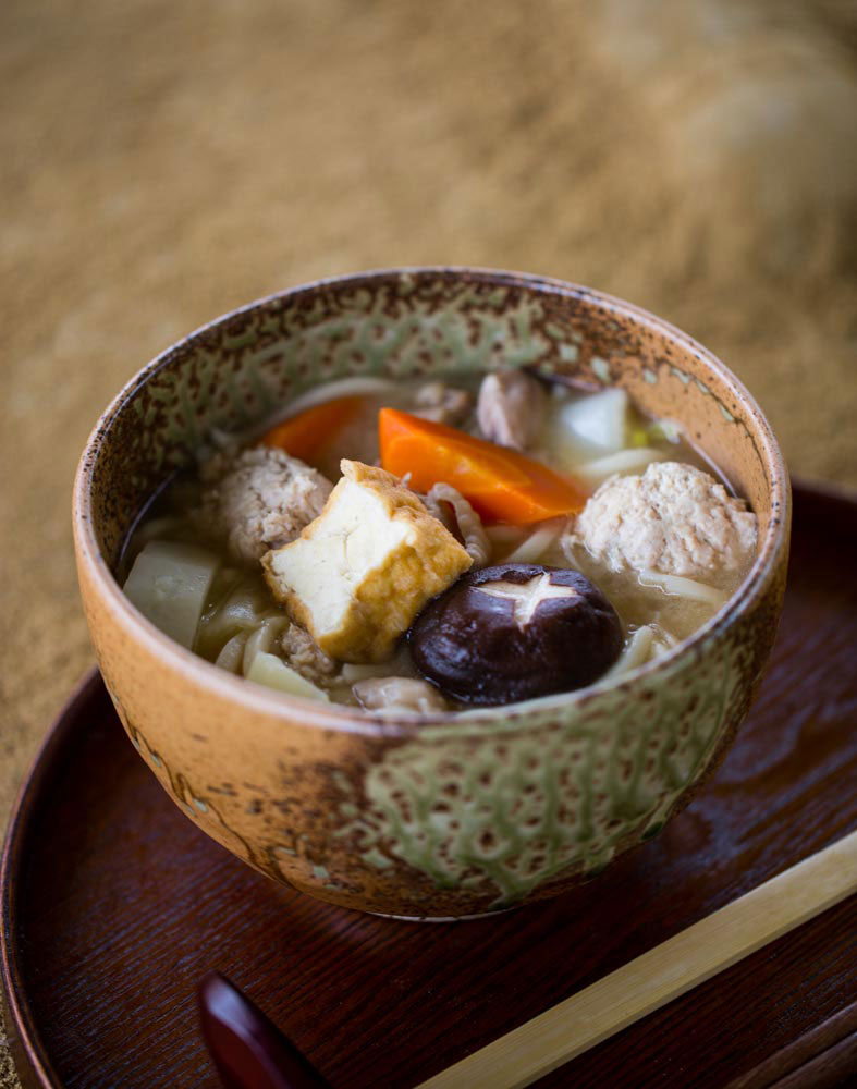 Sumo stew (chanko nabe) recipe : SBS Food