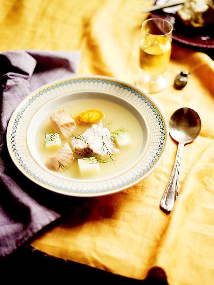 Russian fish soup ukha recipe sbs food russian fish soup ukha httpssbsfoodrecipesrussian fish soup ukha forumfinder Image collections