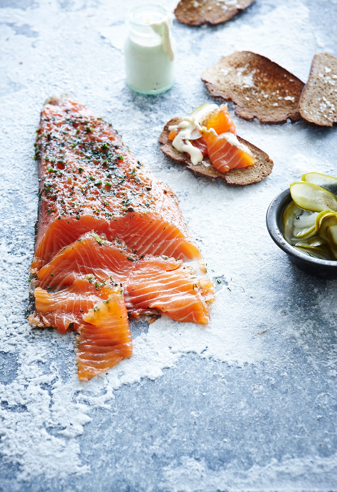 Salmon Gravlax With Dijon Cr & 232me Fra & 238che Dressing And