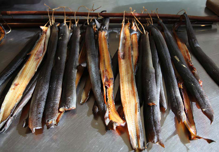 Eels after cold smoking