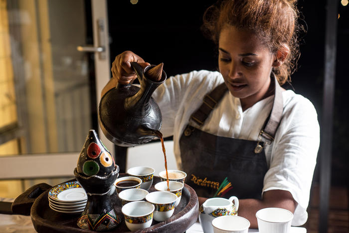 Drinks being served at an Ethiopian cooking class.