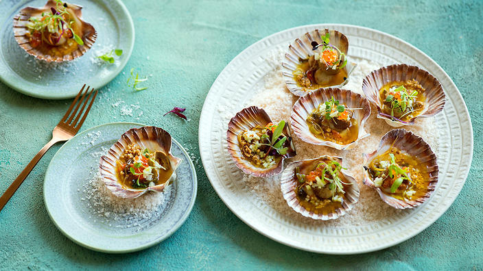 Scallops with burnt butter sauce and sea urchin