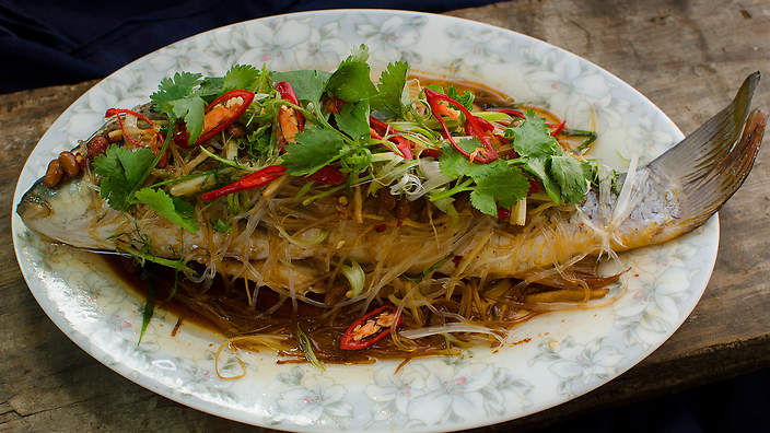Steamed fish with salted soy beans and glass noodles for How to steam fish