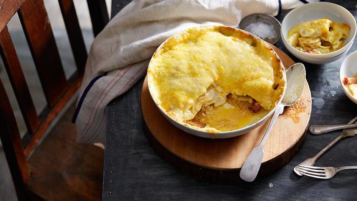 Potato and reblochon cheese gratin