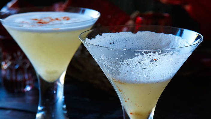 Chilli and lychee martini recipe sbs food for Cocktail litchi