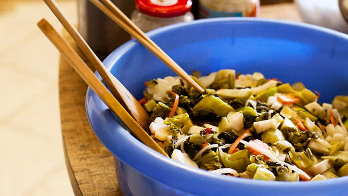 Vietnamese pickled vegetables (do chua)