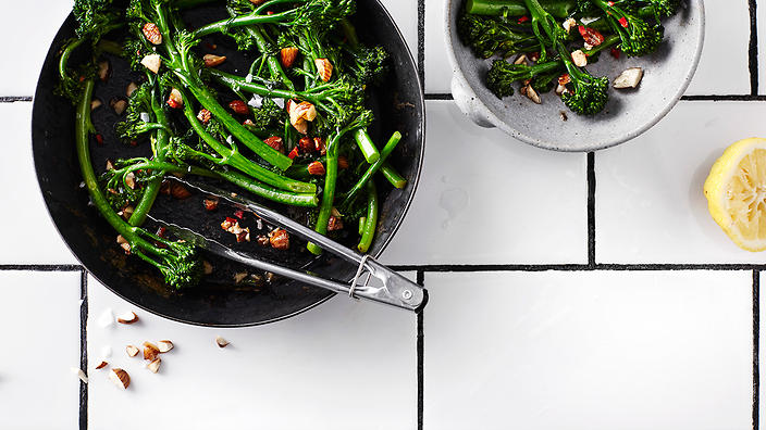 Broccoli with almonds, anchovy and chilli