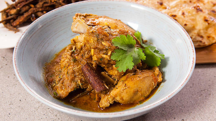 Punjabi chicken curry indian recipes sbs food punjabi chicken curry forumfinder Images
