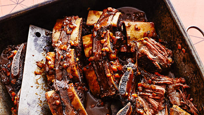 Asado in black sauce with chocolate