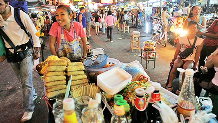 bangkok home of the world 39 s best street food is banning street food sbs food. Black Bedroom Furniture Sets. Home Design Ideas