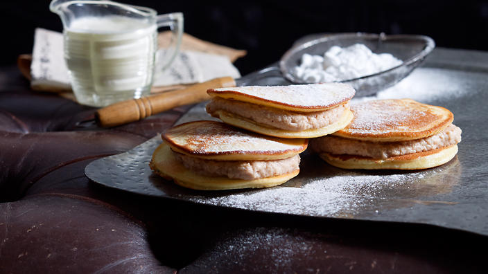 Sweet chestnut cream pancakes