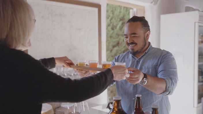 Adam Liaw tasting beer at Cuppitts