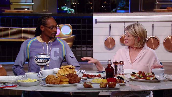Martha and Snoop's Potluck Dinner Party