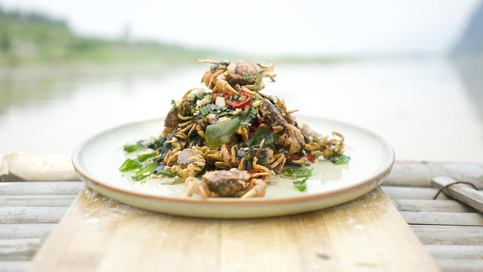 Chilli salted rice paddy crab