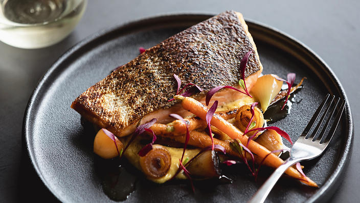 Salmon with hummus and charred onion recipe weeknight dinner salmon with hummus and charred onion recipe weeknight dinner recipes sbs food forumfinder Images
