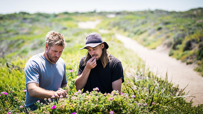 Curtis Stone left Foraging in Western Australia with Chef Paul Iskov