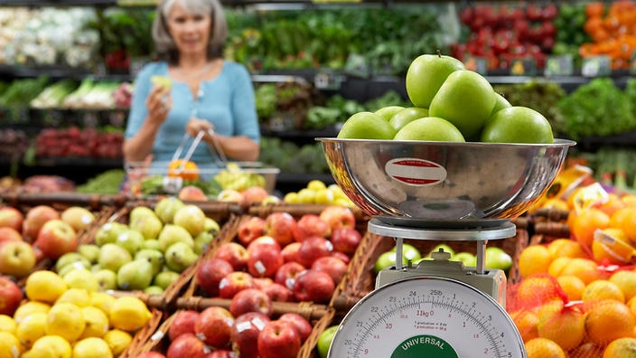 Do you really have to give up fruit to go sugar-free? : SBS Food