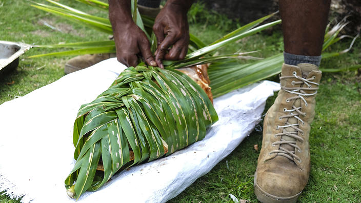 Traditional cooking in Fiji