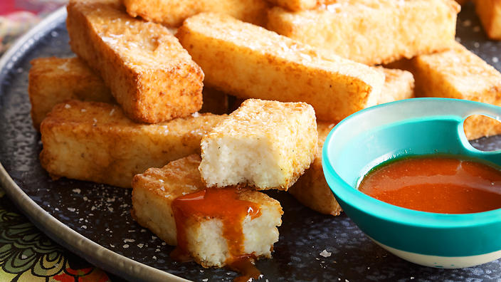 Grits Chips With Yuzu Chilli Sauce Recipe Sbs Food