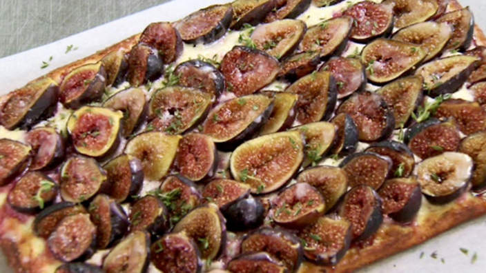 Fig and goat's cheese tart with lemon icing