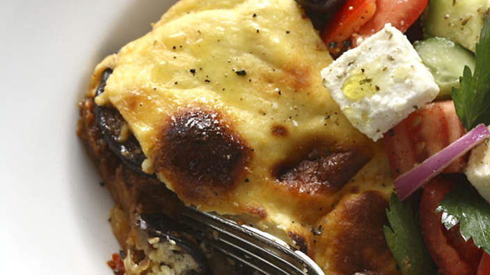Moussaka recipe sbs food forumfinder Image collections