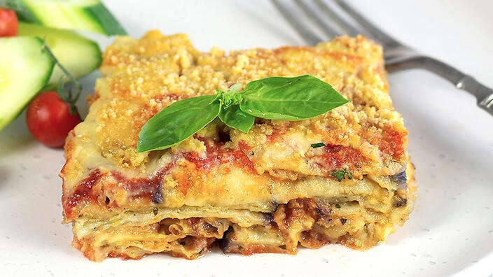Eggplant parmigiana with cashew cheese
