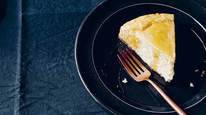 Coconut cake with lime syrup