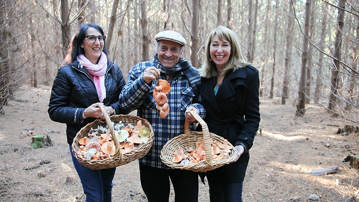 Maeve goes hunting for mushrooms with father-and-daughter duo Franca Norris and Angelo Bonacci.