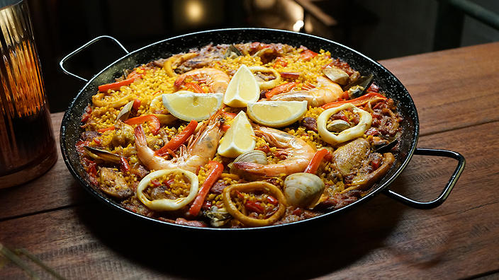 Seafood and chorizo paella recipe spanish recipes sbs food meat and seafood paella the chefs line forumfinder Image collections