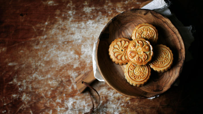 Moon cakes or mooncakes