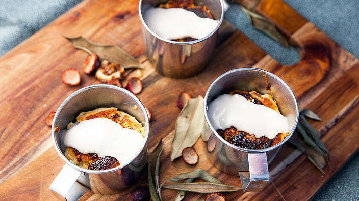 Wattleseed and quandong puddings