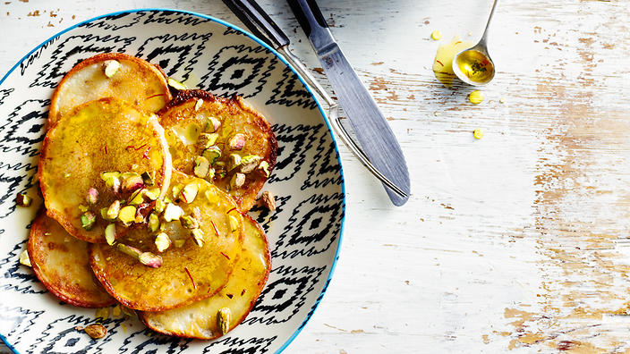 Pancakes with saffron syrup