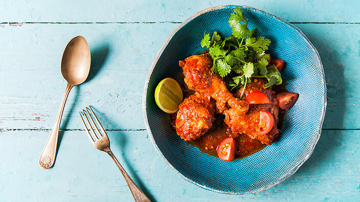 Pandan-scented chicken curry