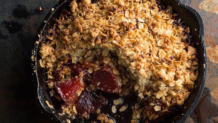 Quince, hazelnut and oat crumble