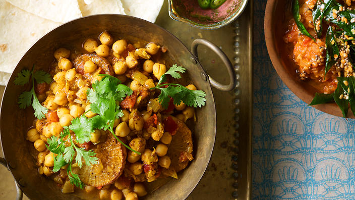 Radish and chickpea curry