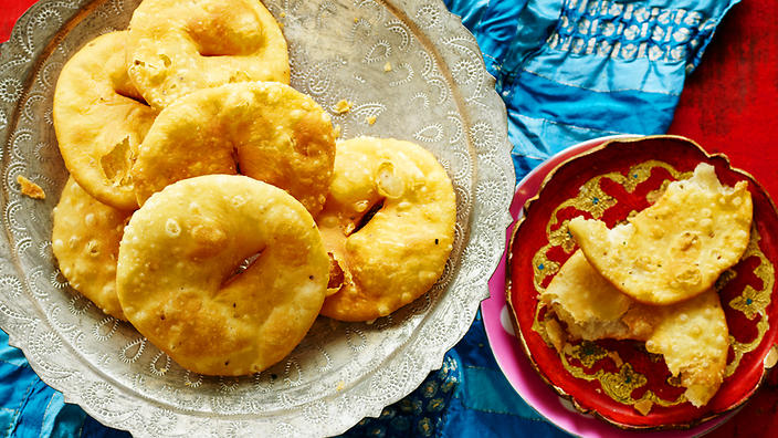 Salted fritters (mathi)