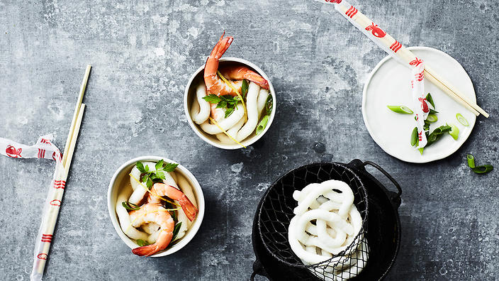 Fish-paste noodles (surimi-men)