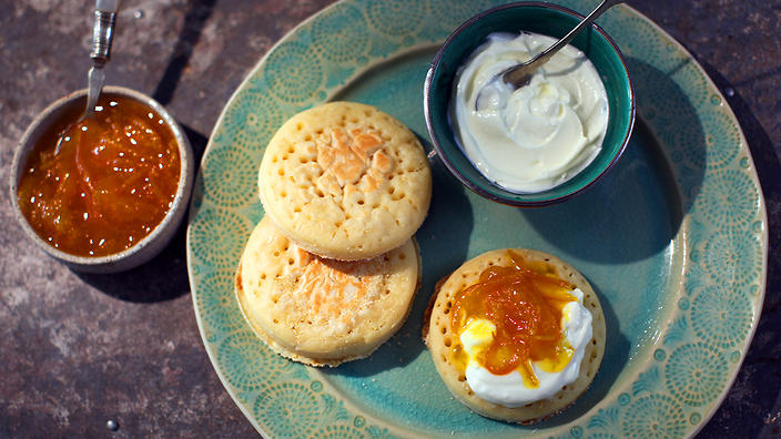 Moroccan crumpets with clementine marmalade