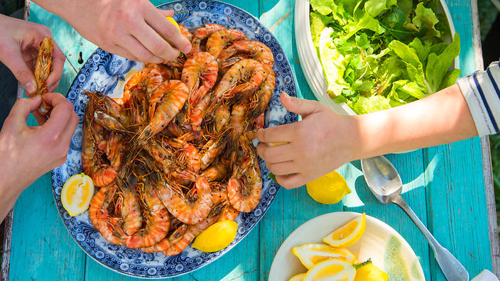 16 prawn recipes from around the world sbs food with the most than a platter of prawns at time when shrimp prices httpssbsfoodblog20171219you want prawn recipes here they are forumfinder Gallery