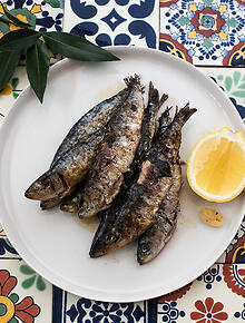 Portuguese recipes and portuguese food sbs food grilled sardines forumfinder Gallery