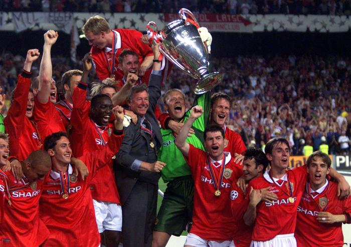Pictured, the new European Champions. Not pictured, me on the lounge in Man Utd pyjamas.