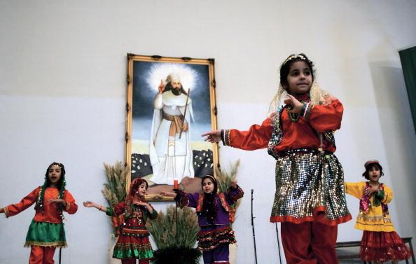 Iran-religion-minority-Z