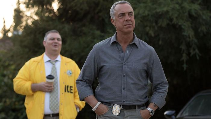 Detective Harry Bosch, played by Titus Welliver, investigates