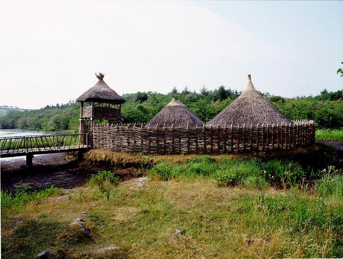 Replica crannog by the lake at Graggaunowen