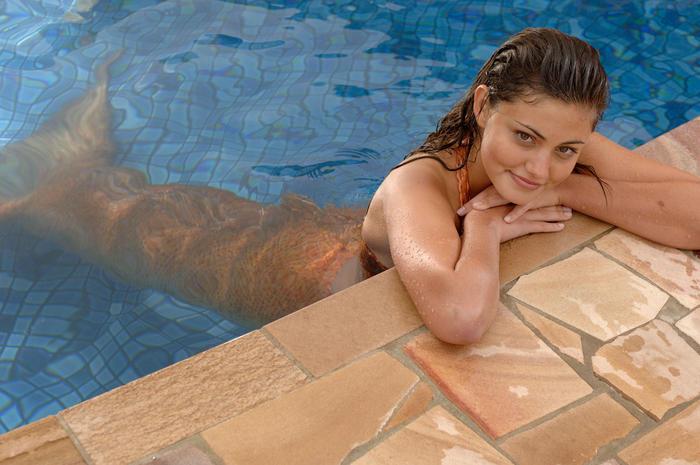 Phoebe Tonkin H2O