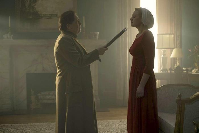 Ann Dowd Elisabeth Moss The Handmaid's Tale