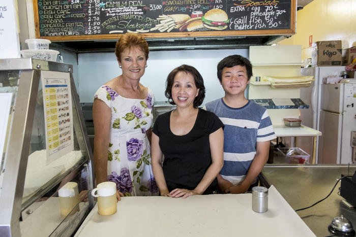 Pauline Hanson revisits her old fish and chip shop