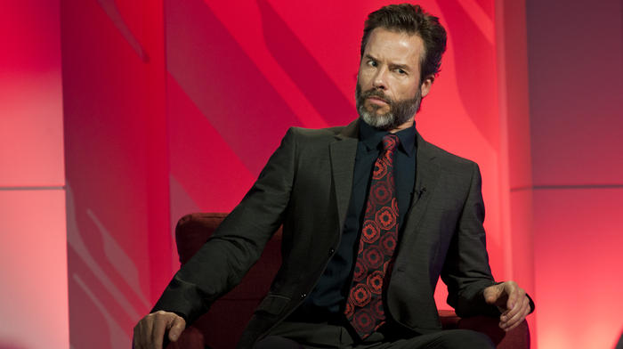 guy pearce the wizards of aus